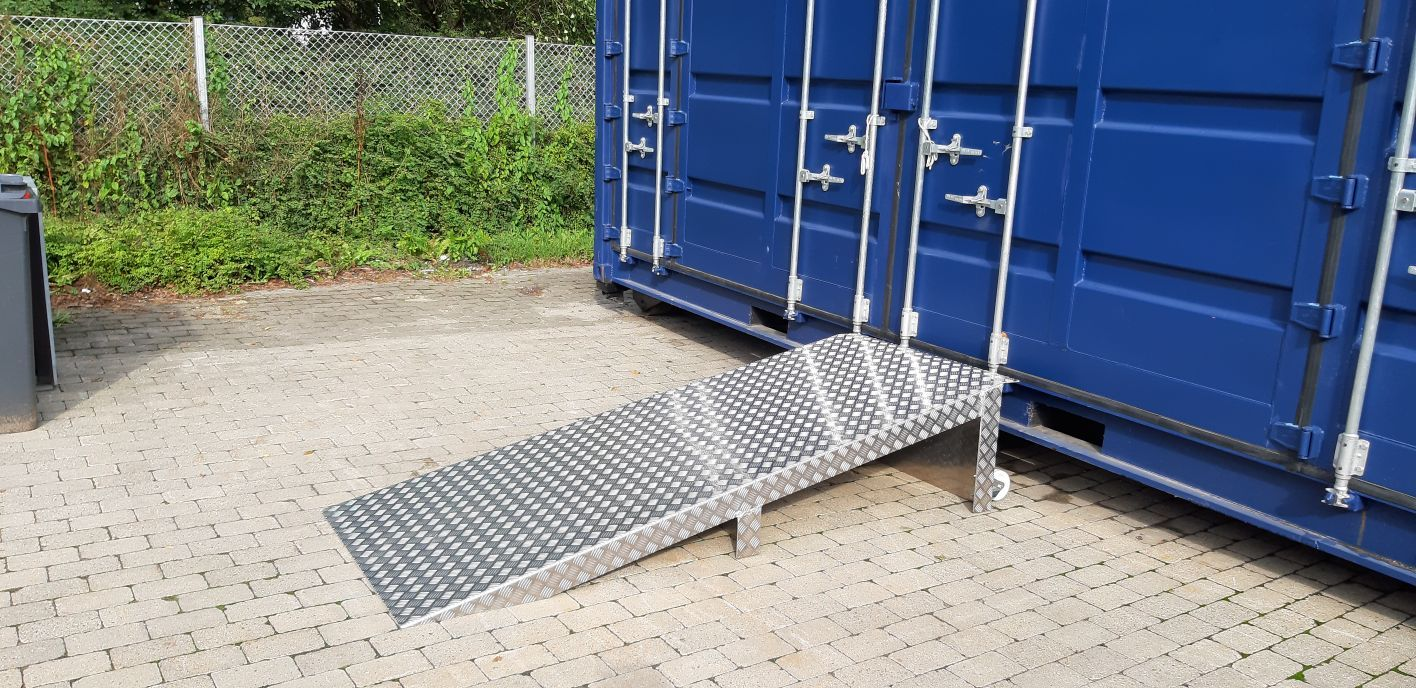 Rampe til container